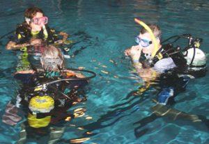 Scuba pool divers 3