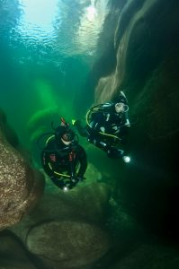 Dry Suit Divers in Iceland