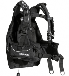 Buoyancy Compensator, travel