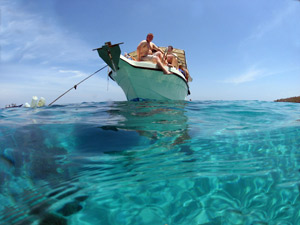 Dive overseas with Dive Odyssea and swim in turquoise lagoons
